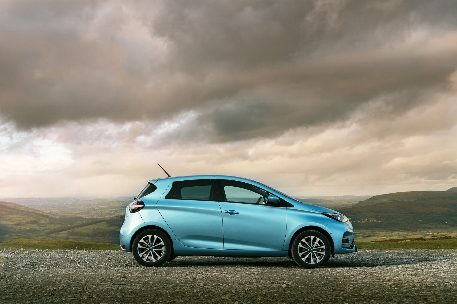 zoe_hatchback_97157.jpg - 100kW GT Line R135 50kWh Rapid Charge 5dr Auto